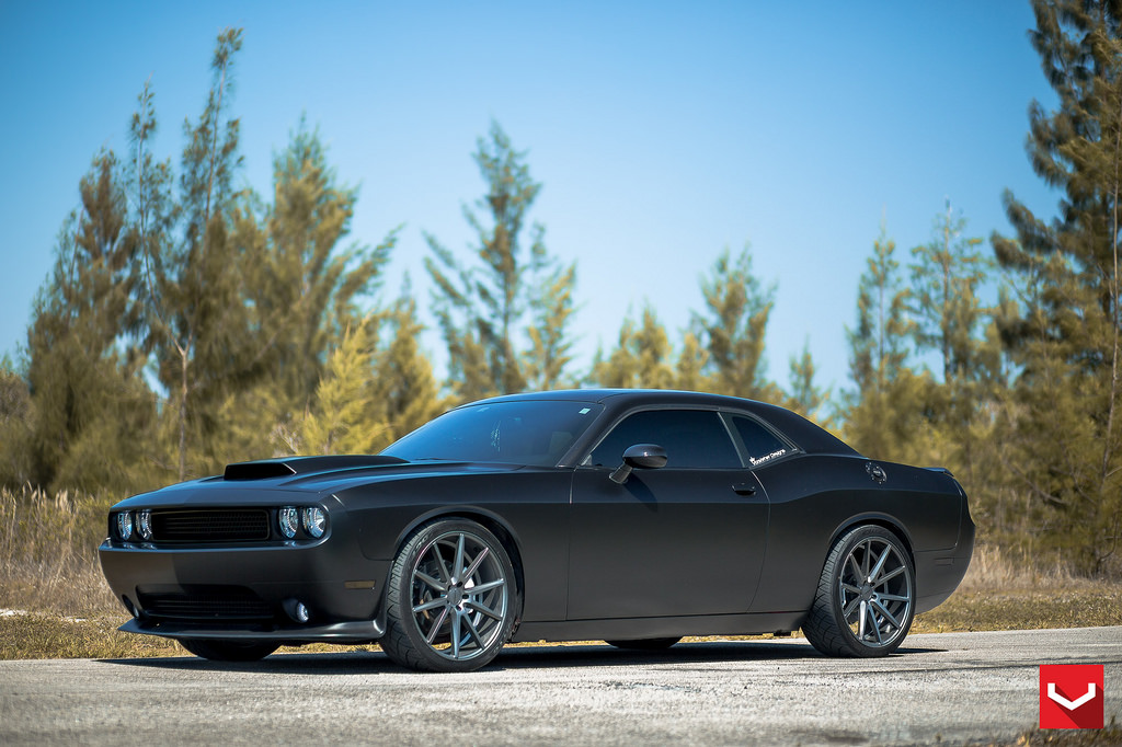 MPPSOCIETY Dodge Challenger R/T Vossen Wheels 01