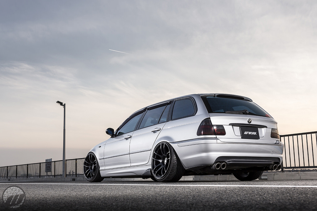 ZEBRA BMW E46 3 Series Wagon - MPPSOCIETY