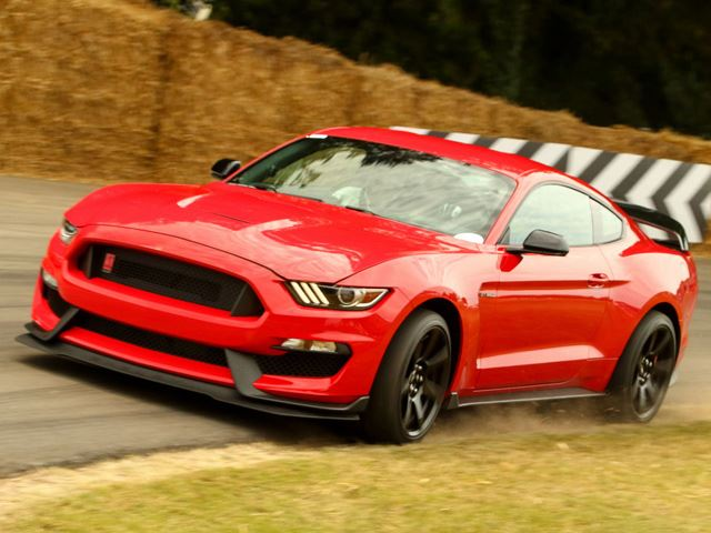 Pro Driver Wrestles with the New Mustang Shelby GT350R