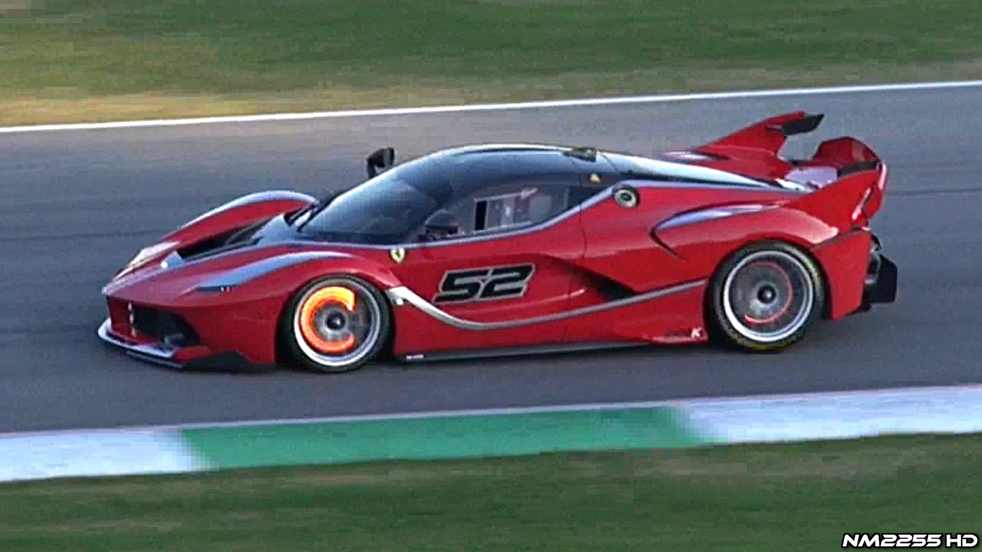 Epic Ferrari FXX K Glowing Brakes & Downshifts